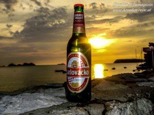 Kroatisches Bier Karlovacko in Dubrovnik