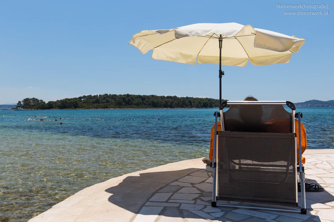 sonnencreme f r den urlaub worauf bei sonnenschutzmittel achten. Black Bedroom Furniture Sets. Home Design Ideas