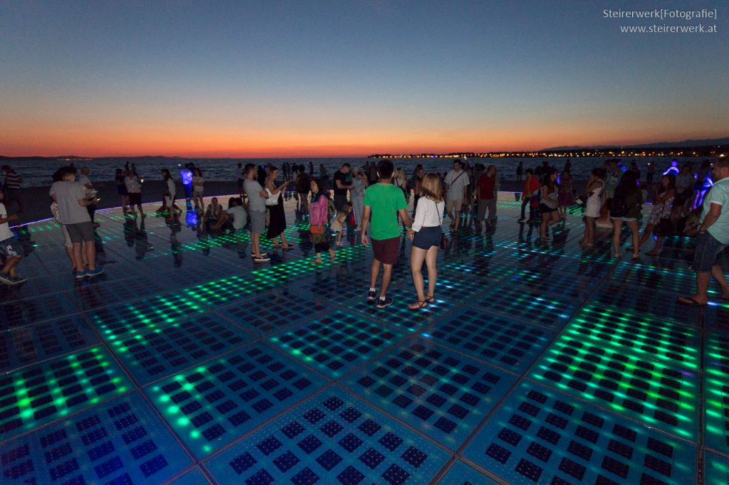 Meeresorgel Zadar in der Nacht